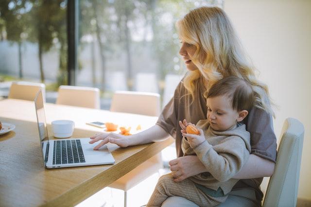 Sonstige Bezüge: erzielte Provisionen können das Elterngeld erhöhen